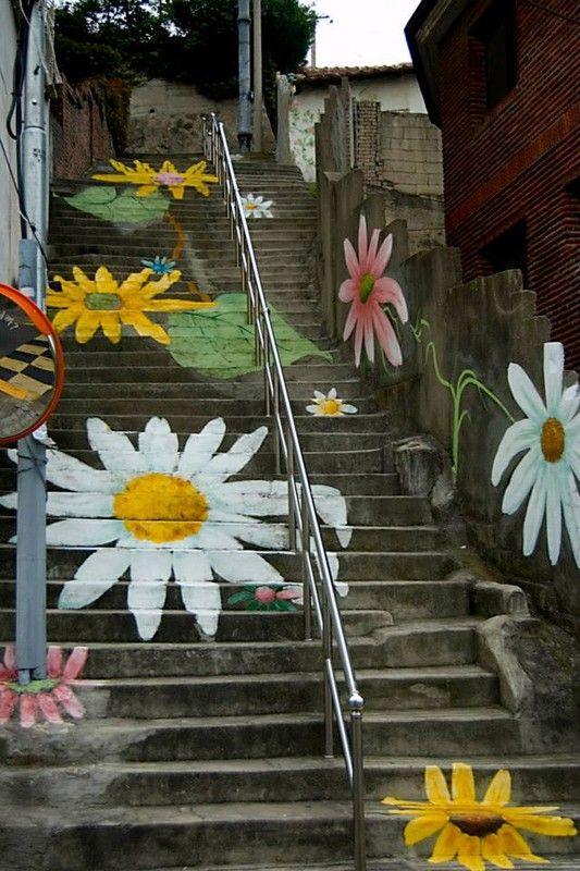 Escaleras con arte - Página 2 4b8b11cb